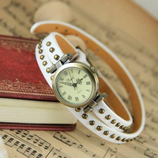 Montre Style Bracelet Cuire Blanc
